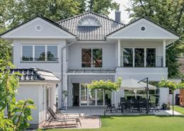 Eine exklusive und individuell geplante Stadtvilla von ARGE-HAUS.
