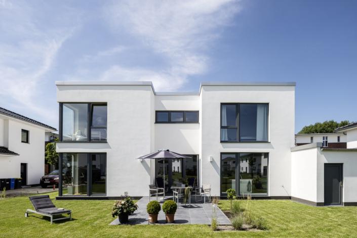 ARGE-HAUS baut Ihr modernes Einfamilienhaus im Bauhaus Stil