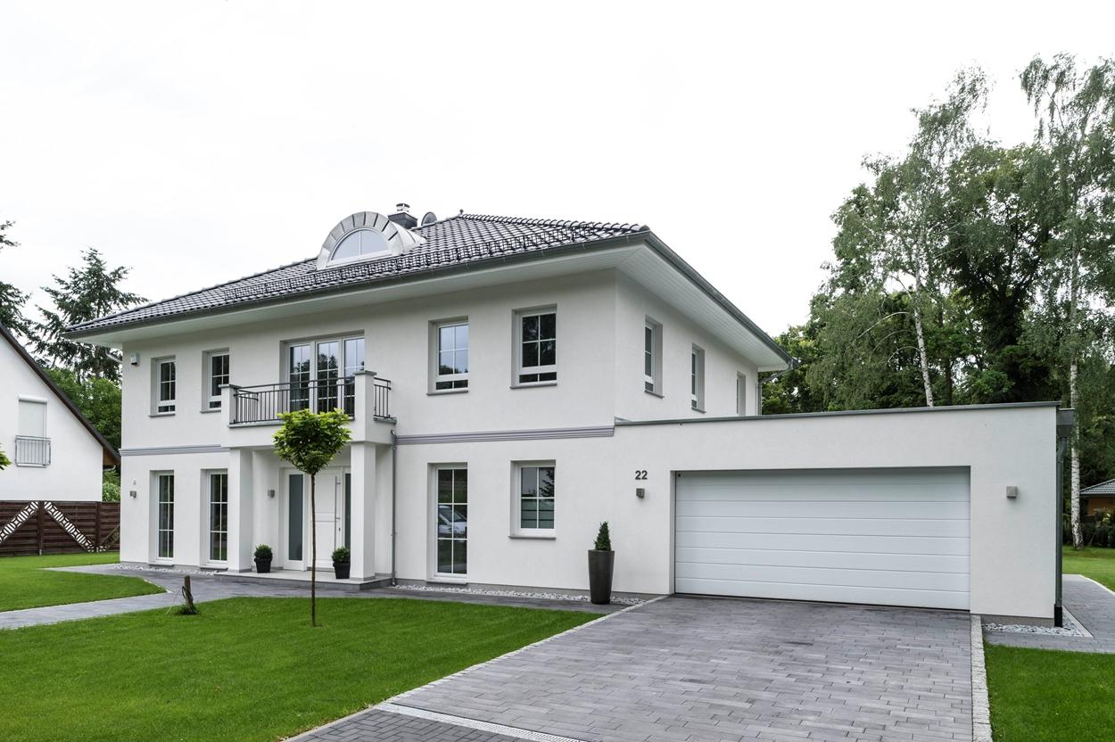 Stadtvilla berlin arge haus hausbau for Stadtvilla modern