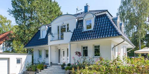 Moderne und klassische Villen der Hausbau Firma ARGE-HAUS.